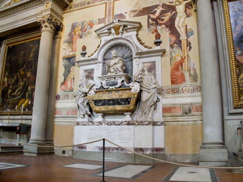 在三塔Croce大教堂的伽利略Galileis坟茔。  免版税库存照片