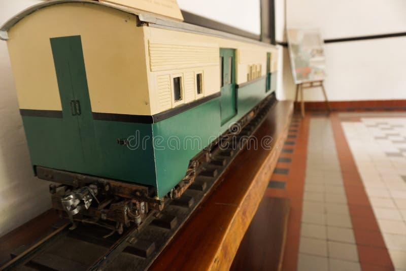 在三宝垄拍的博物馆照片的未使用的老火车印度尼西亚 免版税库存照片