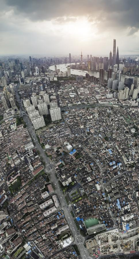 在上海微明障壁地平线的航拍  库存照片