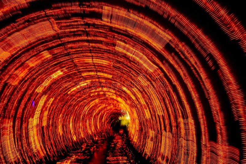 在上海观光的隧道里面的轻的隧道 免版税库存图片
