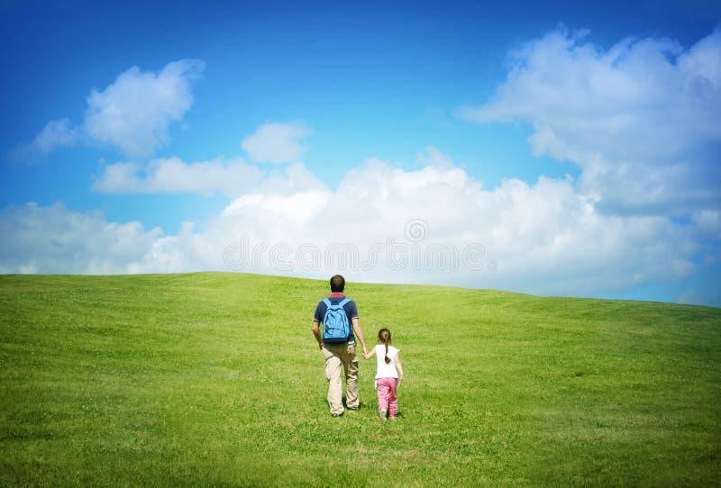 在与父亲的旅行 免版税库存照片