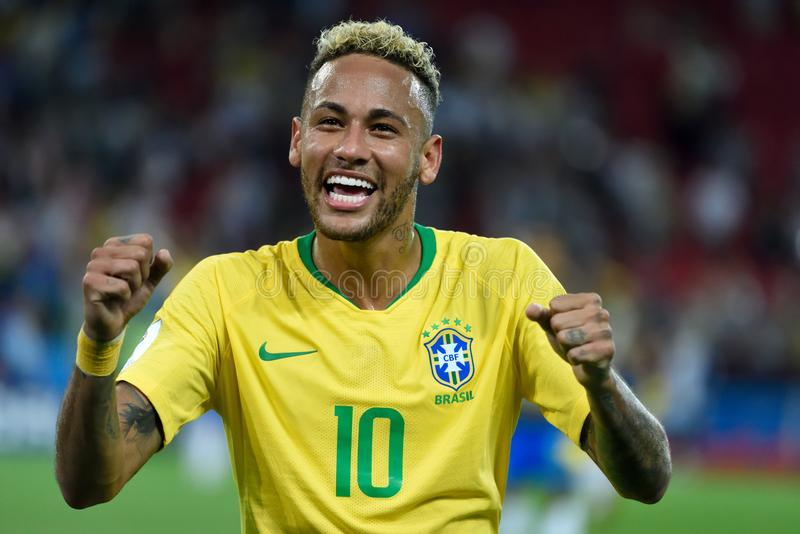 在世界杯足球赛2018比赛Serbi以后的巴西超级明星Neymar 库存照片
