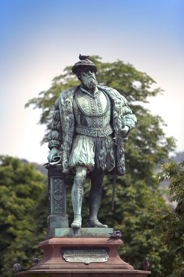 在世袭的社会等级正方形Schlossplatz,斯图加特,德国的Wuerttemberg克里斯托弗施波恩公爵雕象  图库摄影