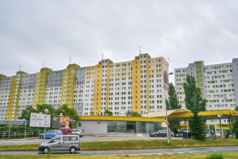 在东Eurpoe的丑恶的大公寓楼 库存图片