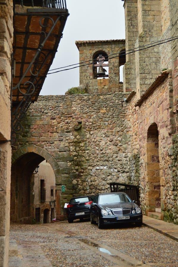 在中古约会的Arrebatacapas曲拱 建筑学,农村旅游业,旅行 库存图片