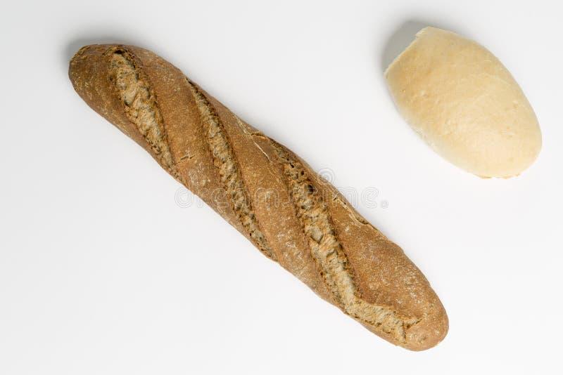 Download 在中立背景的平底锅 库存图片. 图片 包括有 烘烤, 特写镜头, 生气勃勃, 膳食, 小圆面包, 长期, 麦子 - 72371057