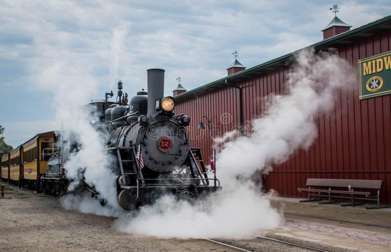在中西部老脱粒机团聚, Mt的鲍德温蒸汽引擎 宜人,衣阿华,美国 库存照片