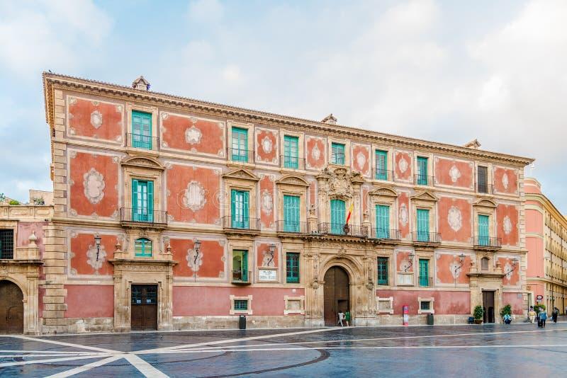 在主教宫殿的看法在穆尔西亚-西班牙 库存照片