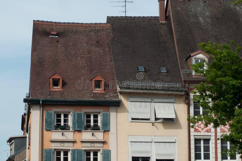 在主要地方的典型的建筑学在牟罗兹-法国 图库摄影