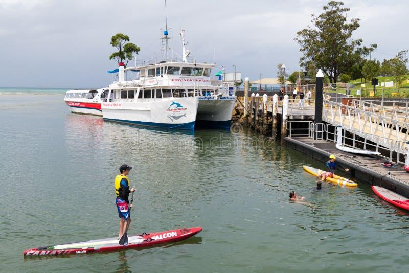 在主要码头的看法在Huskisson,NSW,澳大利亚,一小海滨城镇知名作为门户对杰维斯湾地区 免版税库存图片