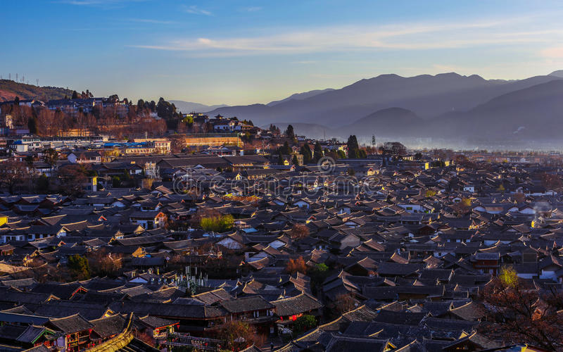 在丽江老镇的日出 库存照片
