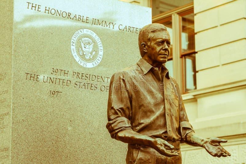 在乔治亚州议会议场的吉米・卡特总统雕象 免版税库存图片