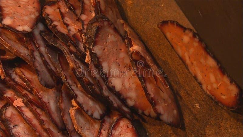 在乡下瓷的自创血肠,切与刀子 库存照片