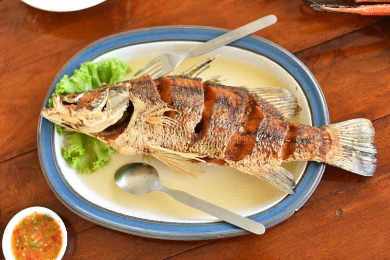 在书桌上的鱼 免版税库存图片