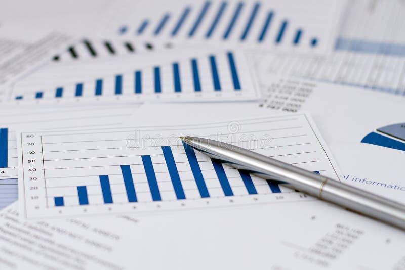 在事务和财务的战略 库存图片