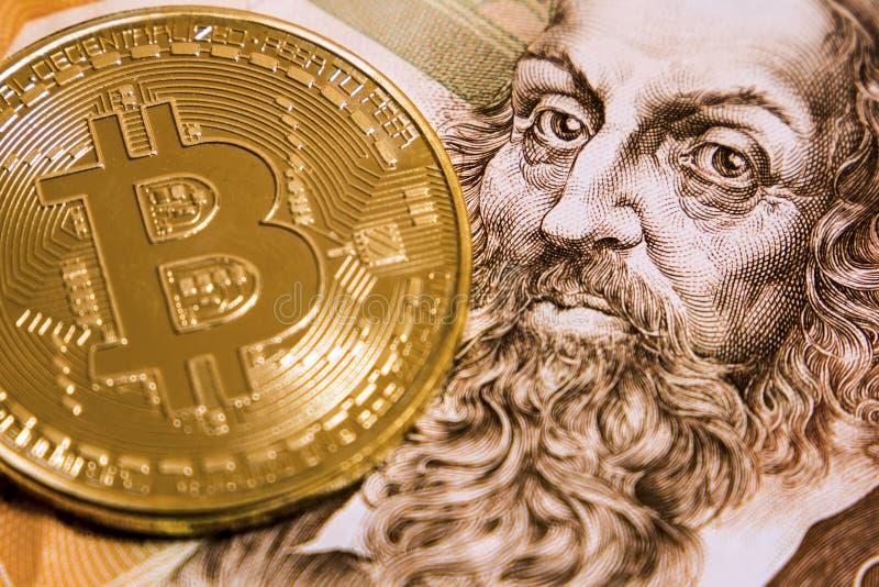 在二百个冠钞票的Bitcoin 免版税库存图片