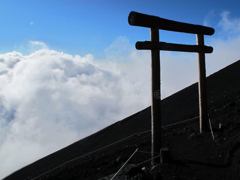 在云彩上的门 免版税库存照片