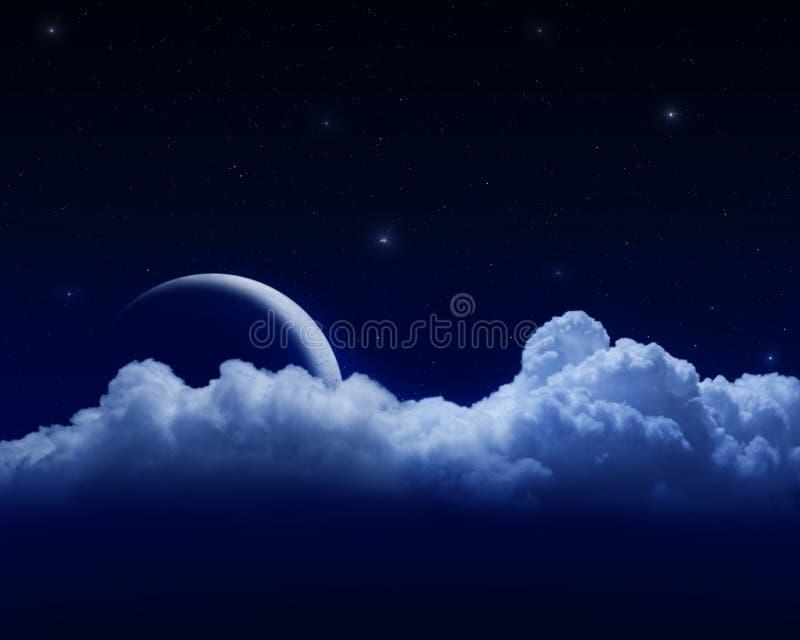 在云彩月亮之后 皇族释放例证