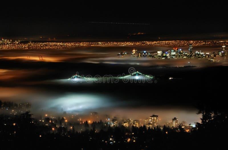在五颜六色的雾之上 库存图片
