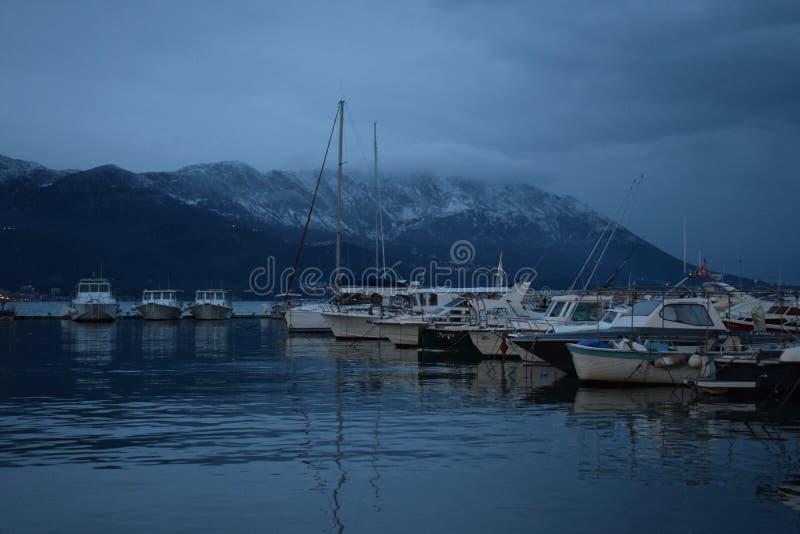 在亚得里亚海附近的山! 免版税库存照片