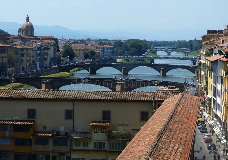 在亚诺河河的桥梁在佛罗伦萨,意大利 免版税库存图片