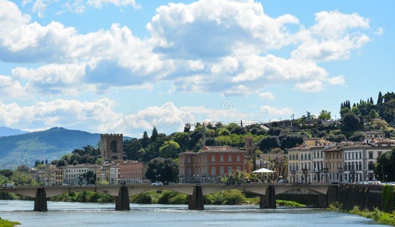 在亚诺河的佛罗伦萨桥梁 免版税库存照片
