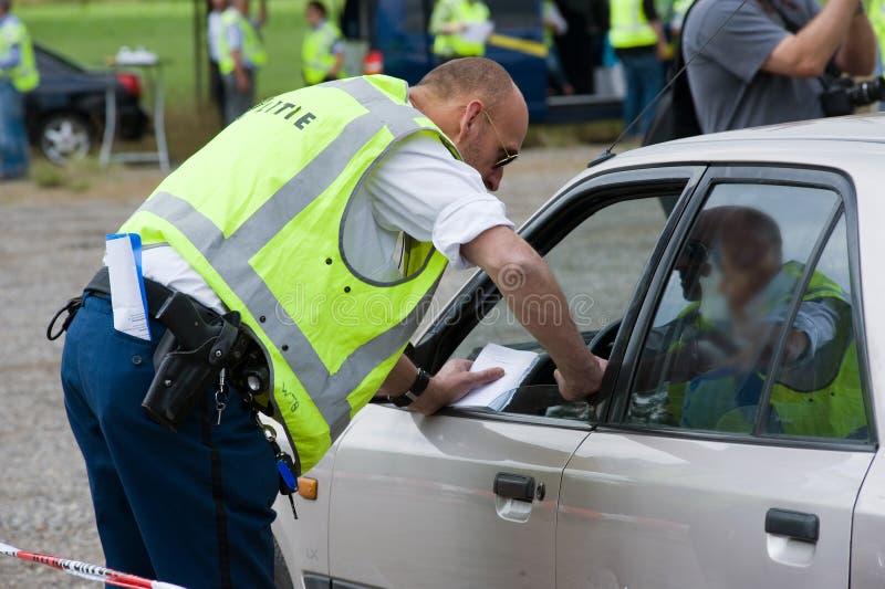在交通控制期间的警察 库存图片