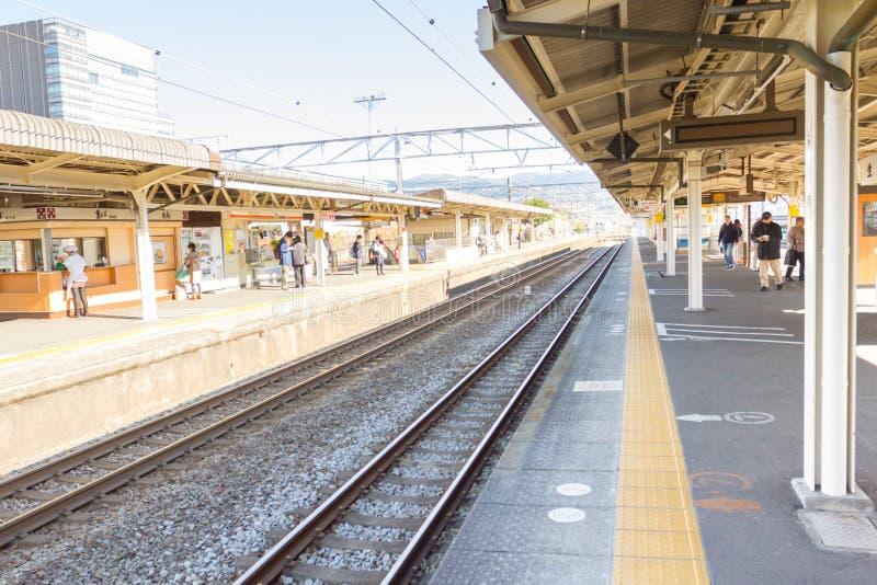 在京都驻地的空的平台 库存图片