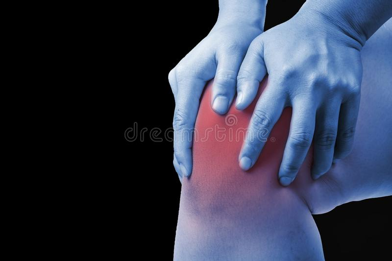在人的膝伤 膝盖痛苦,医疗关节痛的人,星期一 免版税库存照片