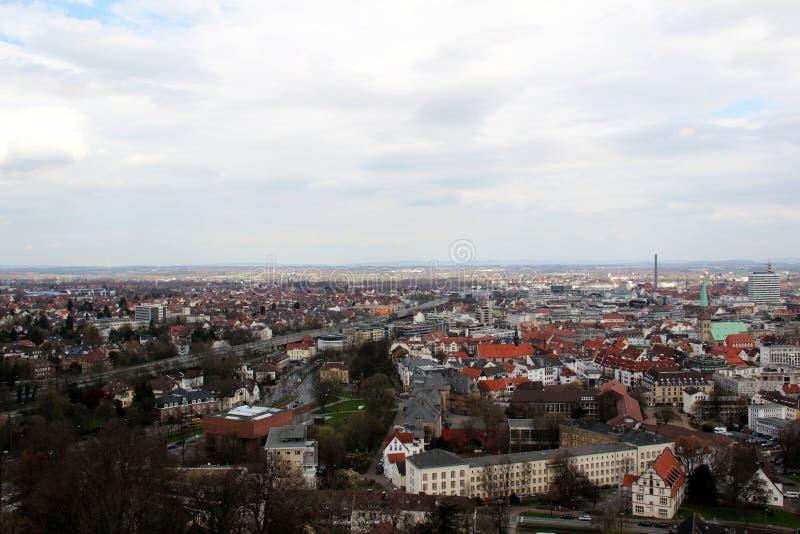在从sparrenburg观看的修造的外部的看法在比勒费尔德德国 库存图片