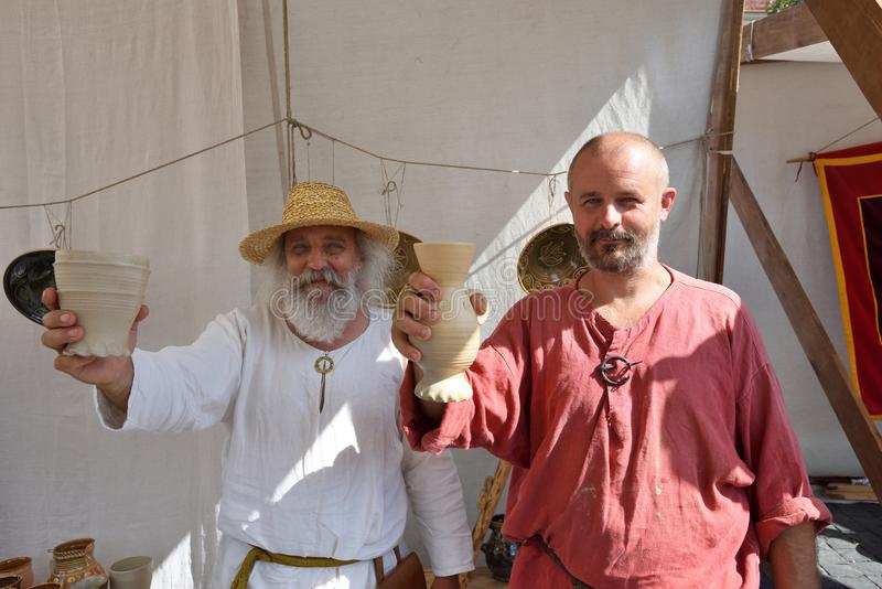 在传统St公平的Bartholomews的人商业纪念品 库存图片
