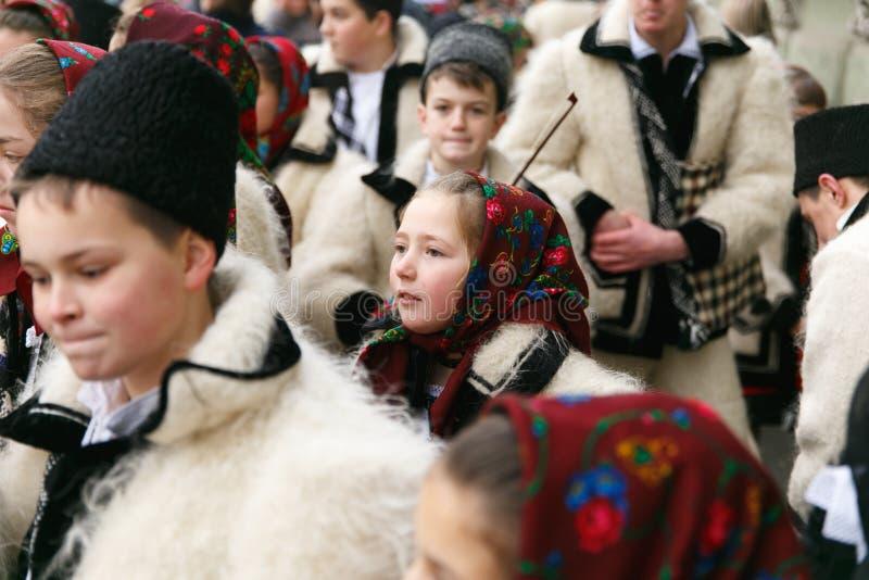 在传统服装的罗马尼亚节日 免版税库存图片