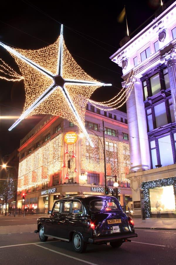 在伦敦的牛津街道的圣诞灯 图库摄影