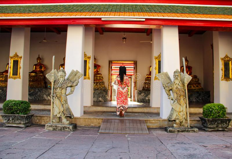 在佛教寺庙的佛教雕象在曼谷 免版税图库摄影