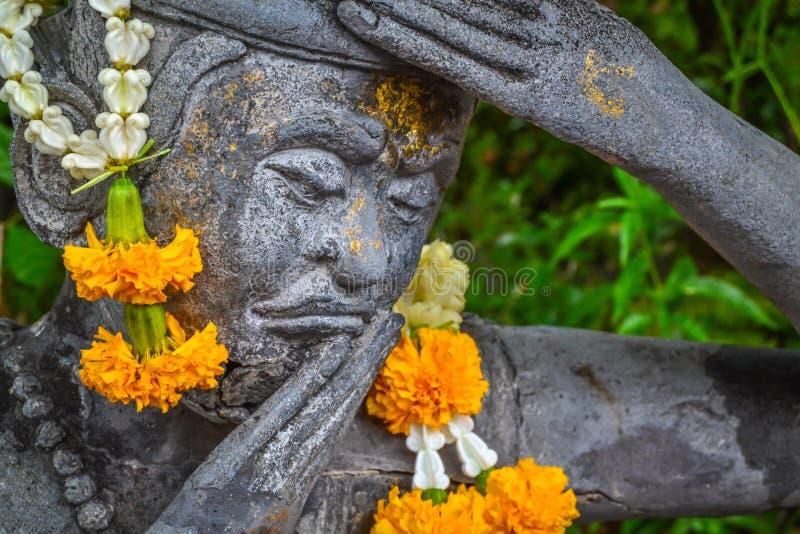 在佛教寺庙的雕象在曼谷 免版税图库摄影