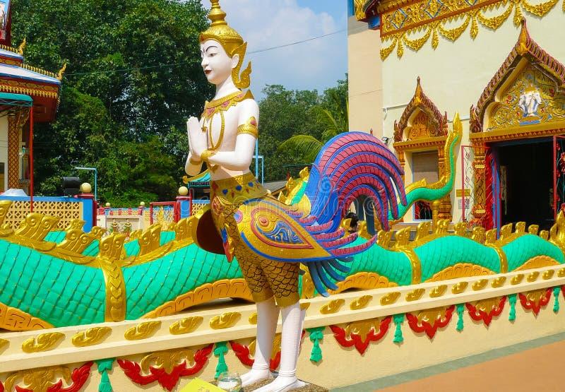 在佛教寺庙Dhammikarama马来西亚的nat神雕象 库存图片