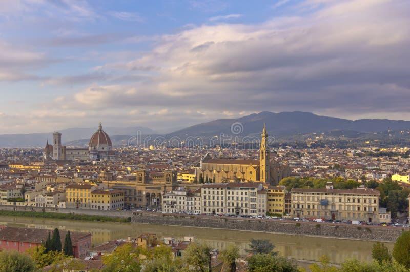 在佛罗伦萨意大利的Strmy云彩 库存图片