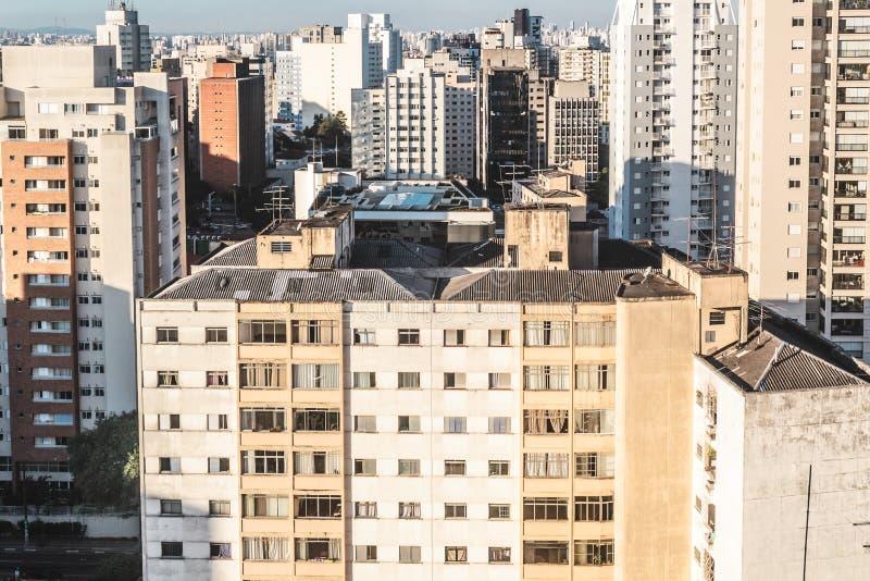 在保利斯塔大道附近的大厦,在圣保罗,巴西巴西 免版税库存照片