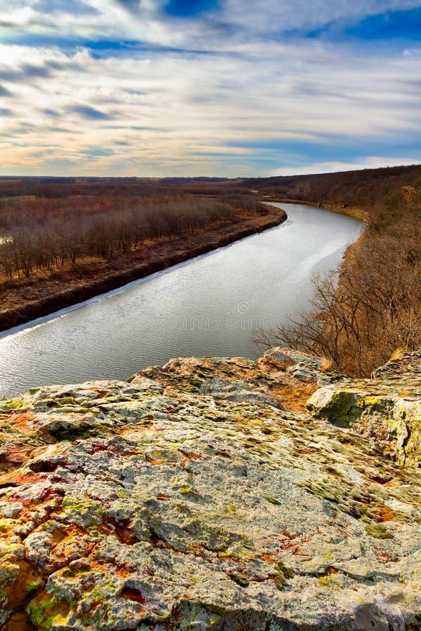 在俯视欧塞奇河的Monegaw春天的虚张声势 免版税库存图片