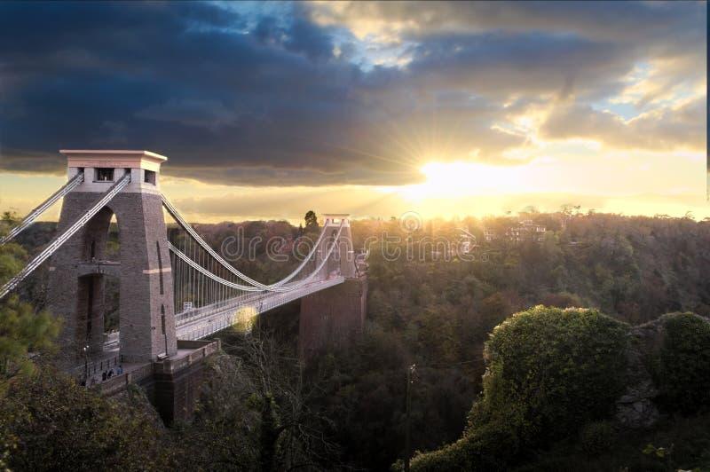 在克利夫顿吊桥的日落 免版税库存照片