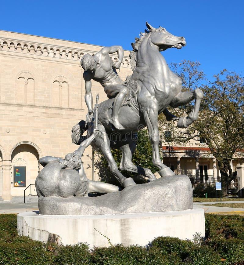 在克莱斯勒博物馆的雕象 图库摄影