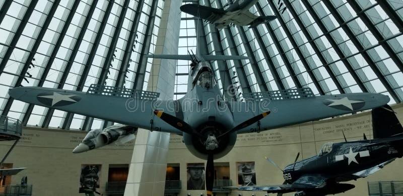 在全国陆战队博物馆的一架二战SBD大胆的俯冲轰炸机 免版税库存照片