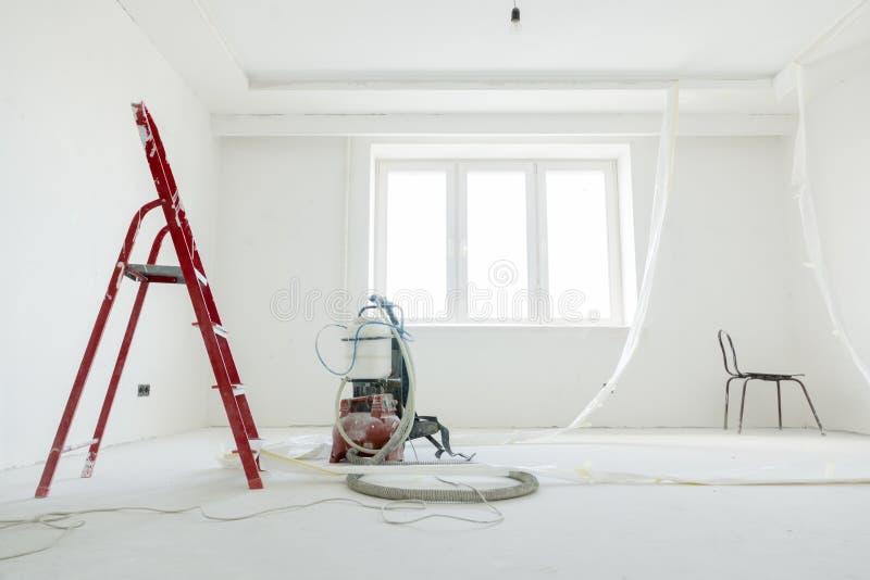 在公寓的修理 库存图片