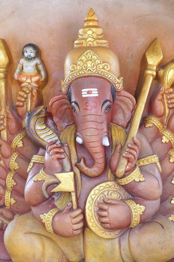在公开寺庙的Ganesha雕象在Chachoengsao泰国 库存照片