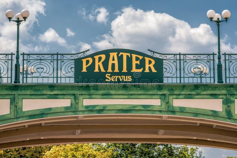 在公开Prater公园的词条的可喜的迹象在维也纳 库存照片