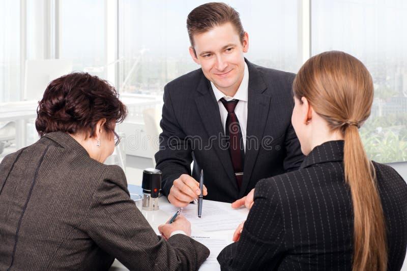 在公证人办公室 免版税库存图片