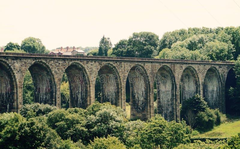 在兰戈伦附近的高架桥 免版税图库摄影