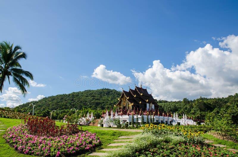 在兰纳样式的建筑学,清迈,泰国 免版税库存照片