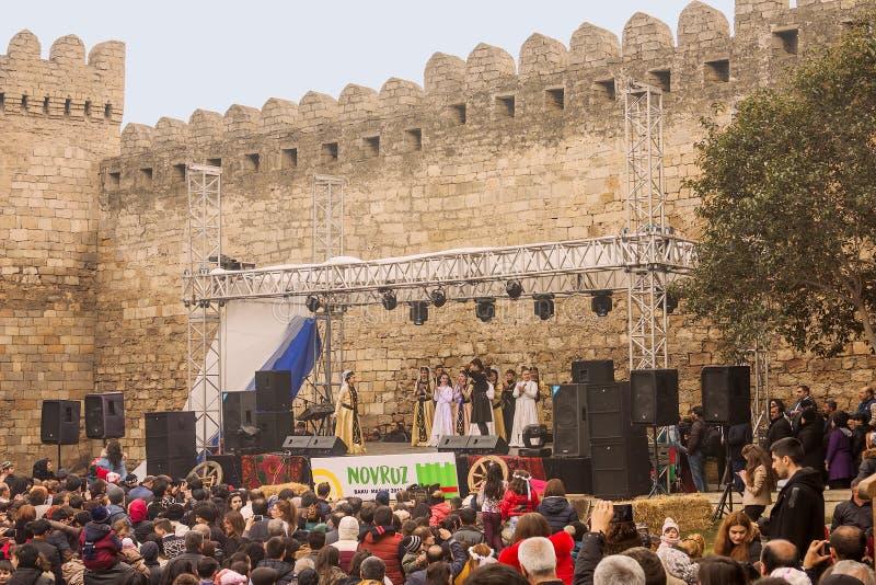 在共和国的首都的Novruz Bayram假日阿塞拜疆在市巴库 2017年3月22日 库存照片