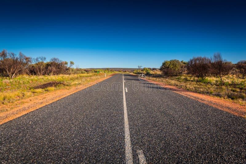 在内地澳大利亚使看法和漫长的路环境美化 免版税库存照片